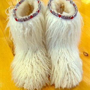 Girls Ugg Boots White Richelle I Love Ugg Sz 3